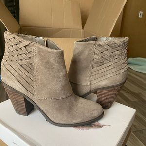 Jessica Simpson Suede Booties, Size 9